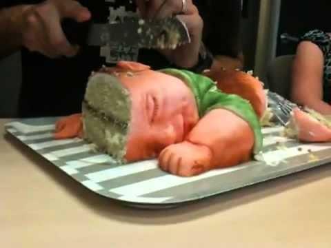 Смотреть: ROFLTV.RU Ужас шок торт в виде ребенка - В поисках…