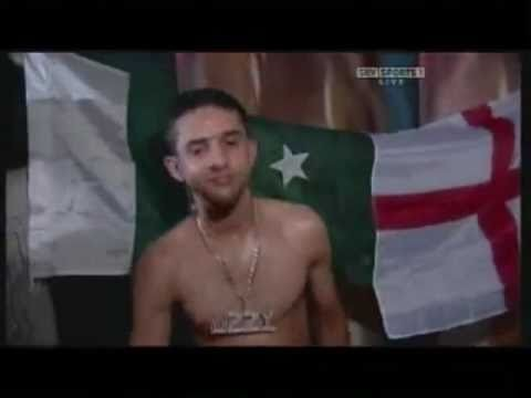 Gibki i niezniszczalny Ahmed w akcji...