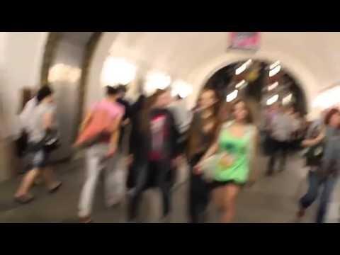 Metro-w-Moskwie-i-Paryzu